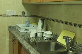 what s the best thing to clean kitchen cabinets with so neat and clean kitchen i say this was the best apartment
