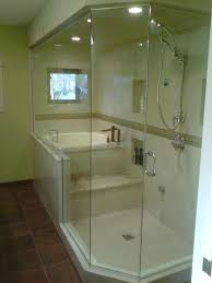 Bathtubs And Showers For Small Spaces Best 25 Small Soaking Tub Ideas On Pinterest Small Tub Tiny