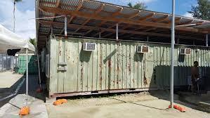 bureau d immigration australie au maroc rejetés par l australie les réfugiés de l île de manus entre deux