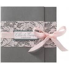 mariage gris que faire faire part mariage romantique gris dentelle ruban roses belarto
