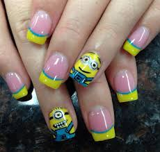 19 minion nails that are simply too adorable go bananas