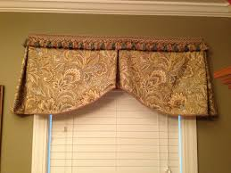 dining room valance green and gold dining room valance window treatments pinterest