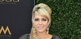 nichole on days of our lives with short haircut days of our lives spoilers arianne zucker s return date