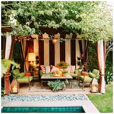 the outdoor living room lamps plus