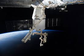 spacex dragon commerical cargo craft nears station nasa