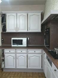 cuisine renover cuisine bois renover une cuisine en bois vernis renover une cuisine