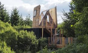 9 of the best treehouses in the uk wanderlust