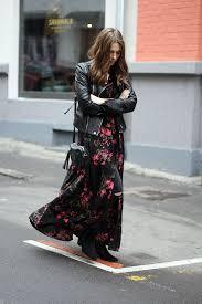 maxi dress how to wear a maxi dress read on just