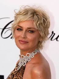short curley hairstyles for middle aged women 20 short hairstyles for wavy hair crazyforus