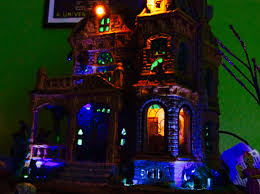lemax halloween houses lemax withered mansion r i p reviews youtube