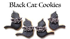 Decorated Halloween Sugar Cookies by How To Decorate Black Cat Cookies For Halloween Youtube