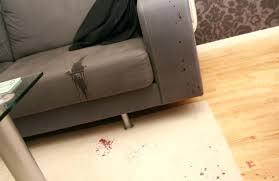 raviver un canapé en cuir entretien canape cuir beige enlever une tache sur un canapac en