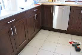 fileur cuisine poignee porte cuisine design cuisine equipee poignee porte avec