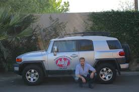 fj cruiser dealership celebrity drive actor and author sean patrick flanery motor trend