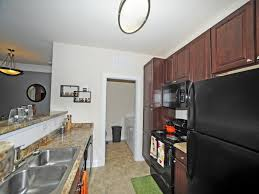 Chair Rentals Downtown Los Angeles Apartment Find The Best Rated Eagle Harbor Apartments For Rent