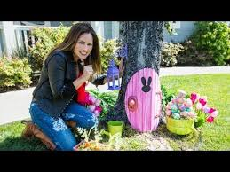 Diy Outside Easter Decorations by Home U0026 Family How To Make An Easter Bunny Door Decorations Youtube