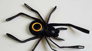 how to make a wicked quilled spider for halloween diy crafts