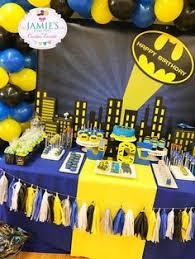 Batman Table Decorations Docinho Festa Batman Brigadeiro Festa Batma Pinterest Batman