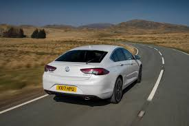 vauxhall insignia grand sport vauxhall u0027s new insignia grand sport wins family car of the year at