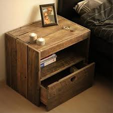Wood Plans For Bedside Table by Diy Pallet Wood Side Table Plans Pallet Side Table Small Tables
