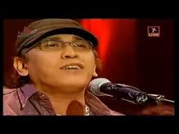 download mp3 gratis iwan fals bento keren konser iwan fals paling artistik di indosiar 2007 mp3 mp4