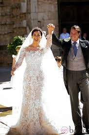 laced wedding dresses the key bridal trend 2015 22 lace wedding gowns weddingomania