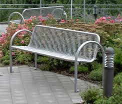 panchine per esterno panchina per esterni in griglia metallica