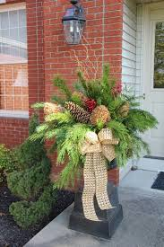 Christmas Decorations For Outdoor Urns by Best 25 Christmas Window Boxes Ideas On Pinterest Winter Window