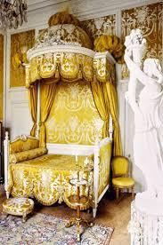 Golden Night Bed Decoration Best 25 Royal Bedroom Ideas On Pinterest Royal Room Dream