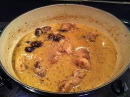 cuisiner un filet mignon de porc en cocotte filet mignon aux pruneaux et au vin blanc valvanille recette