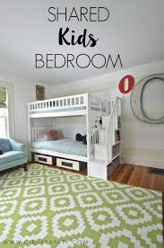 Bedrooms For Kids by Best 25 Shared Kids Bedrooms Ideas On Pinterest Shared Kids