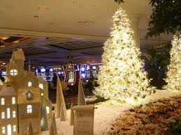 Christmas Decorations In Las Vegas Christmas Decorations Picture Of Lakeside Wynn Las Vegas Las