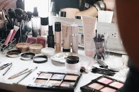 Makeup Artist Station Backstage At Nyfw With Mary Kay Brightontheday