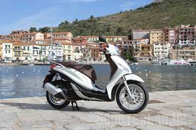 piaggio medley 125 launch review road test scooterlab