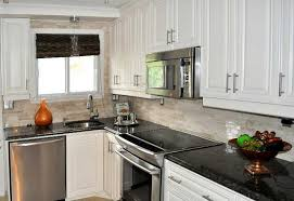 armoire de cuisine thermoplastique ou polyester quels sont les matériaux pour armoires kadrium design