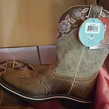 womens justin boots size 12 12 justin boots shoes womens justin boots from leonna s