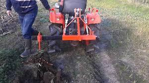 Siege De Tracteur Ancien Arrache Pommes De Terre Micro Tracteur Youtube