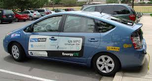 how hybrid cars work plug in hybrid electric vehicle basics nrel