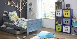 les chambre des garcon une chambre enfant fonctionnelle et colorée univers des enfants