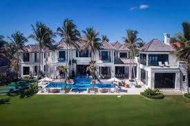 tiger woods house tiger woods ex wife elin nordegren lists palm beach house for