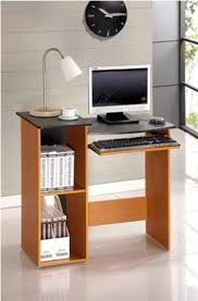 Small Space Computer Desk by Best 25 Small Computer Desks Ideas On Pinterest Small Desk