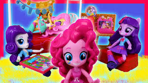 party in my bedroom pinkie pie slumber party bedroom set toy review youtube