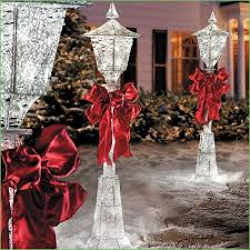 Outdoor Christmas Decorations Uk Only by Lighting Lamp Post Christmas Decorations Ideas Lamp Post