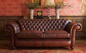 Old Fashioned Leather Sofa Old Fashioned Sofas Rooms