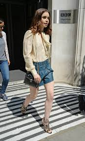 outfits for women in their early 20s how to wear shorts at every decade instyle com