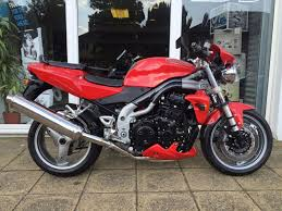 used triumph motorbikes for sale in hertfordshire