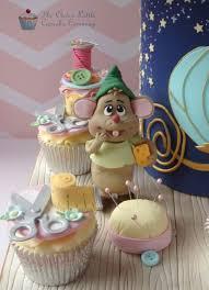Cinderella Cupcakes Marvelous Mice Helping With Cinderella U0027s Dress Cake Cinderella