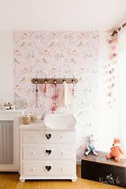tapisserie chambre bébé la chambre bébé de camille mon bébé chéri