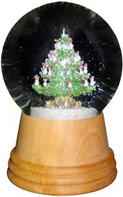 taron tree snow globe with wooden base