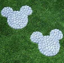 mickey mouse garden decor ingeflinte